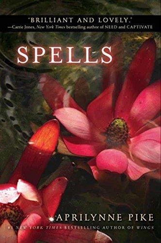 9780061668081: Spells (Aprilynne Pike (Paperback))