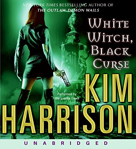 9780061714696: White Witch, Black Curse (The Hollows, Book 7)