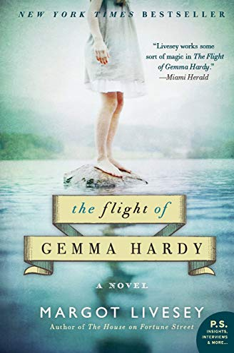 9780062064233: The Flight of Gemma Hardy
