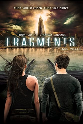 9780062071071: Fragments (Partials Sequence)
