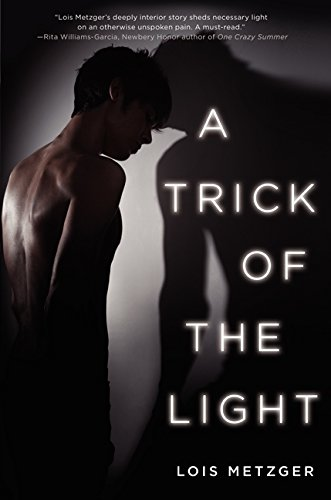9780062133090: A Trick of the Light