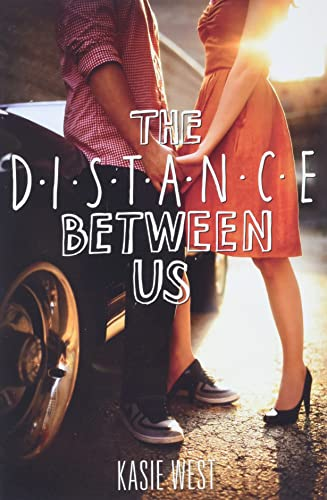 9780062235657: Distance Between Us
