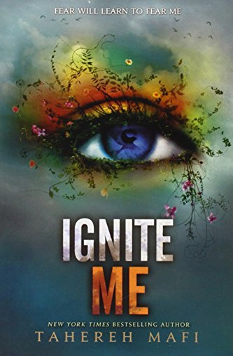 9780062318787: Ignite Me