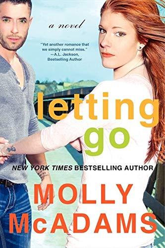 9780062358400: Letting Go: A Novel (Thatch)