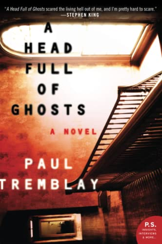 9780062363244: A Head Full of Ghosts