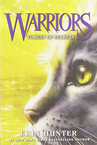 9780062366986: Warriors #3: Forest of Secrets (Warriors: The Prophecies Begin)
