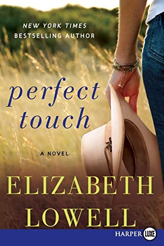 9780062369765: Perfect Touch: A Novel