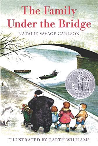 9780064402507: The Family Under the Bridge