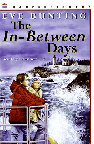 9780064405638: The In-Between Days