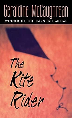 9780064410915: The Kite Rider