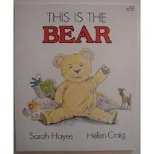 9780064431033: This is the Bear