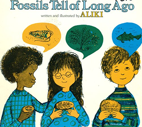 9780064450041: Fossils tell of long ago (BookFestival)