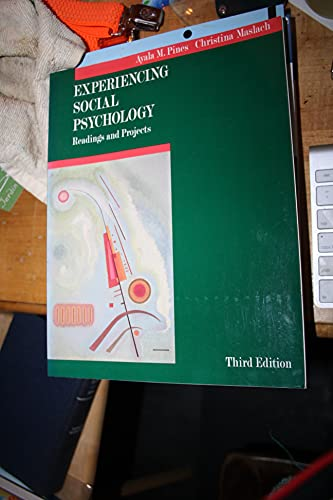9780070407732: Experiencing Social Psychology: Readings and Projects (Mcgraw-Hill Series in Social Psychology)