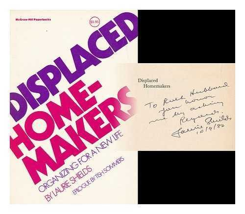 9780070568020: Displaced Homemakers (McGraw-Hill paperbacks)