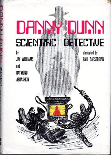 9780070705487: Danny Dunn: Scientific Detective (Danny Dunn, 14)