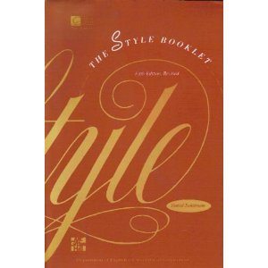 9780072338324: The Style Booklet