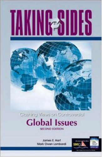 9780072880779: Clashing Views on Controversial Global Issues (Taking Sides)