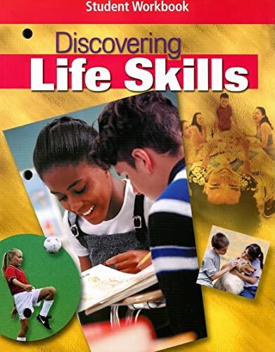 9780078462375: Discovering Life Skills, Student Workbook