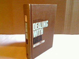 9780080063980: Dealing with data, (The Commonwealth and international library. Physics division)