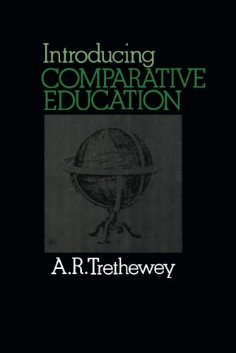 9780080205625: Introducing Comparative Education