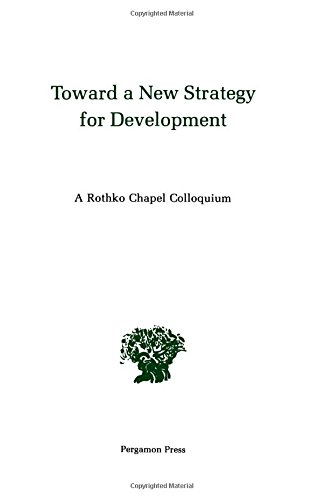 9780080239132: Towards a New Strategy for Development