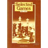 9780080241241: Selected Games Nineteen Sixty-Seven to Nineteen Seventy (Pergamon Russian Chess Series)