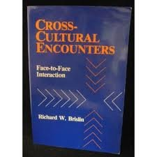9780080263120: Cross-Cultural Encounters
