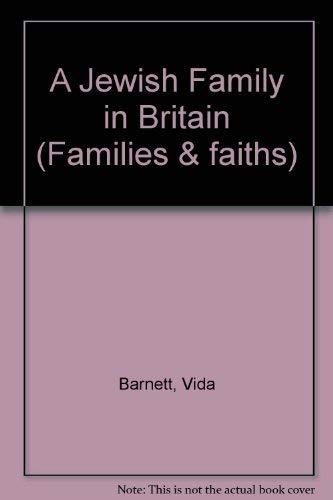 9780080278889: A Jewish Family in Britain (Families & faiths)