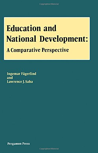 9780080289151: Education and National Development: A Comparative Perspective (Pergamon international library)