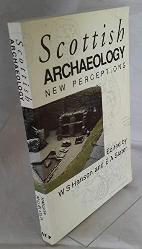 9780080412122: Scottish Archaeology: New Perceptions