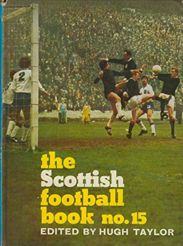 9780090976409: Scottish Football Book No. 15