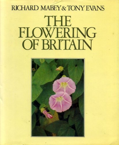9780091426903: The Flowering of Britain