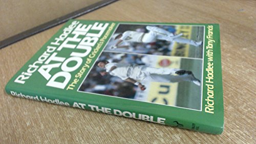 9780091608705: At the Double: Story of Cricket's Pacemaker