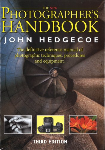 9780091753634: New Photographer's Handbook: A Complete Reference Manual of Photographic Techniques, Procedures and