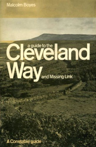 9780094613904: Guide to the Cleveland Way and Missing Link ([A Constable guide])