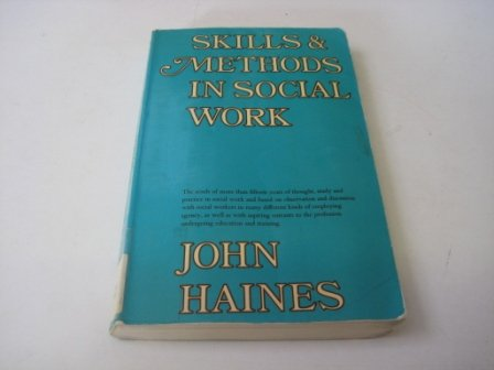 9780094643307: Skills and Methods in Social Work
