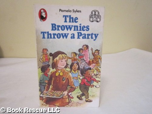 9780099380900: The Brownies Throw a Party