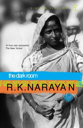 9780099428688: The Dark Room (Vintage classics)