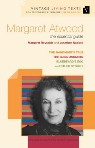 9780099437048: Margaret Atwood: the essential guide: