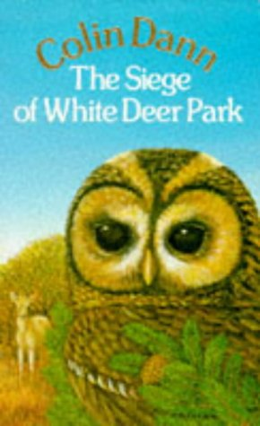 9780099447603: The Siege of White Deer Park