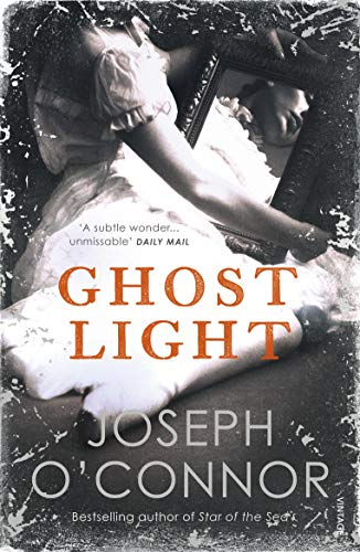 9780099481546: Ghost Light