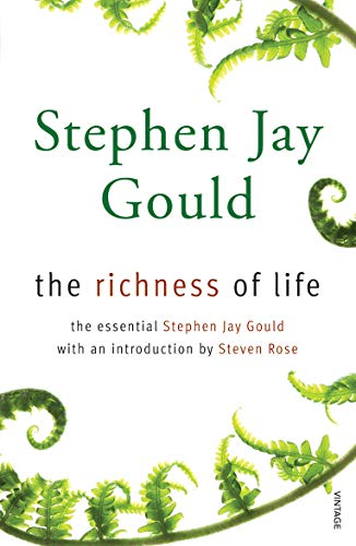 9780099488675: TheRichness of LifeA Stephen Jay Gould Reader