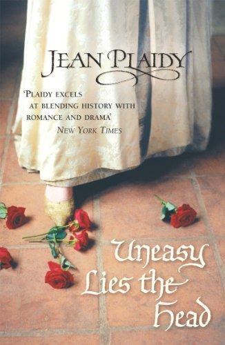 9780099492481: Uneasy Lies the Head (Tudor Saga)