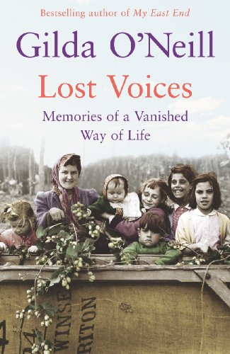 9780099498360: Lost Voices: Memories of a Vanished Way of Life