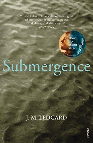 9780099555384: Submergence