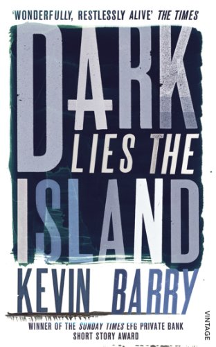 9780099575078: Dark Lies the Island