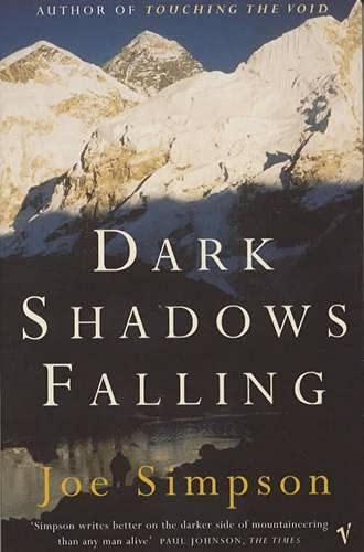 9780099756118: Dark Shadows Falling