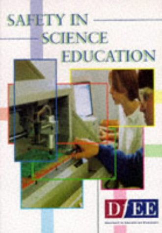 9780112709152: Safety in Science Education