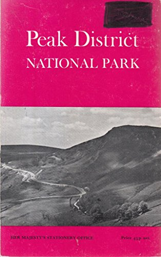 9780117004979: Peak District (National Parks Guides)