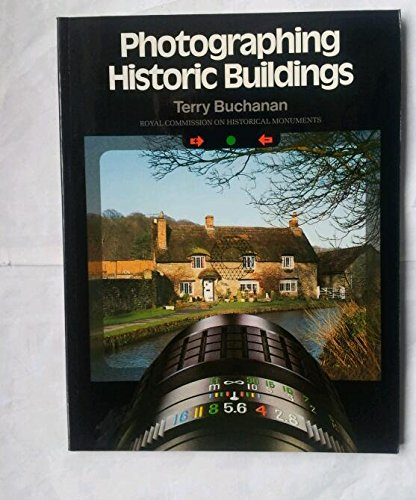 9780117011236: Photographing Historic Buildings